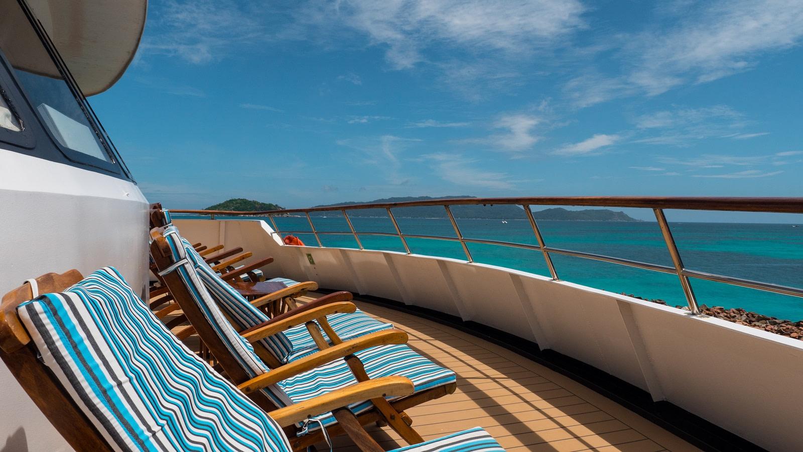 Sundeck Pegasos Variety Cruises